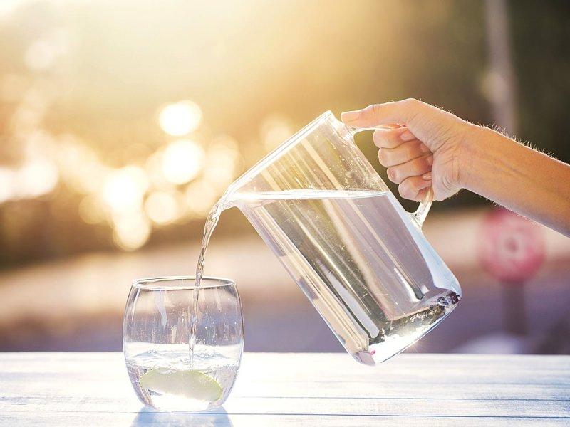 13f834a2dbaa44c7e0b44d190aab7cc1 - Употребление воды поможет похудеть