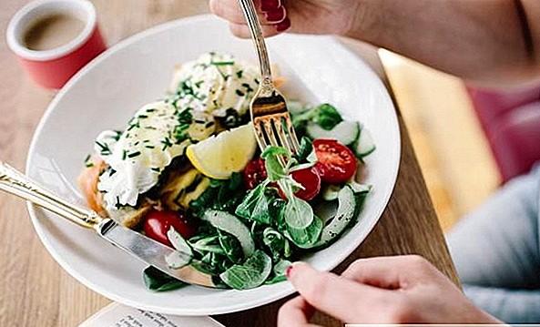 Медленная еда против быстрого питания