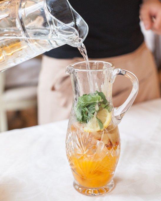 Рецепты легких домашних детокс-напитков для похудения.