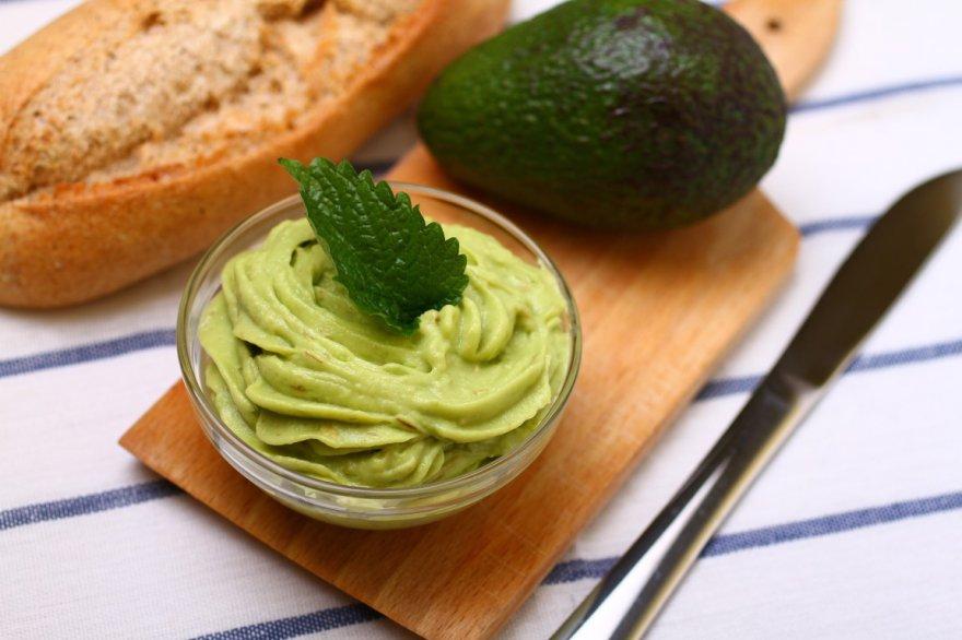 Как приготовить майонез из авокадо, легкий овощной соус