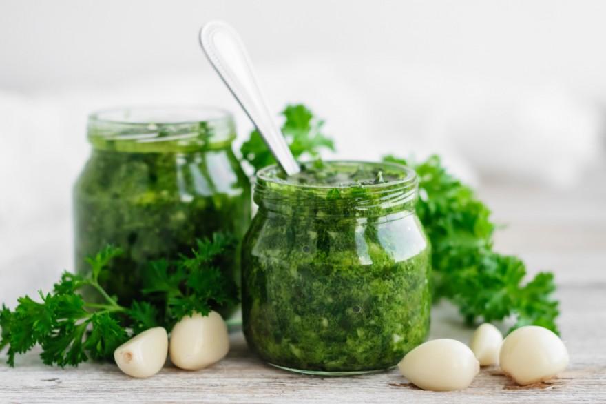 Зеленый соус Пьяченца: оригинальный рецепт ароматизации отварного мяса